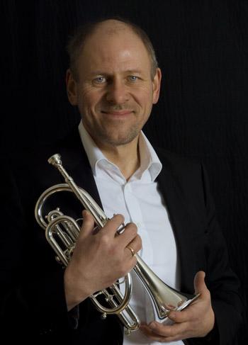 Matthias Beck, Geschäftsinhaber des Musikhaus Beck. Musiker und Instrumentenmacher-Meister.