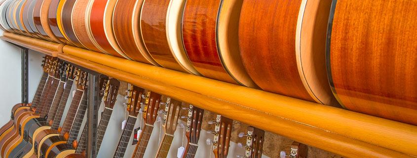 Konzertgitarren aus wunderschönen Hölzern