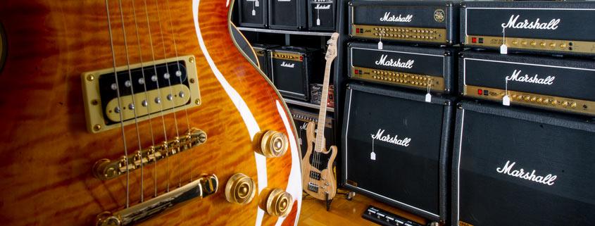 Blick in den E-Gitarrenraum